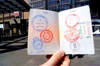 """Passeport tamponné """"à l'ancienne"""""""