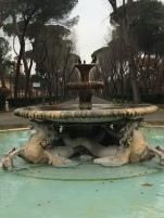 Fontaine (encore !)