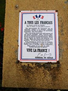 Appel de De Gaulle devant la Mairie d'Arromanches