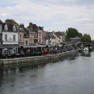 Choix de restaurants sur le quai Bélu