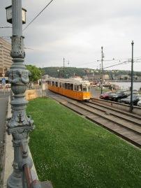 Tram jaune
