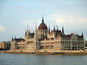 Majestueux Parlement