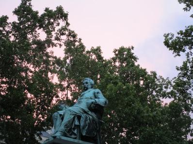Statue grandiose