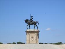 Statue équestre de Anne de Montmorency à l'entrée du Parc